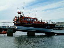 http://upload.wikimedia.org/wikipedia/commons/thumb/0/05/Swanage_lifeboat_on_its_slipway_1.JPG/220px-Swanage_lifeboat_on_its_slipway_1.JPG